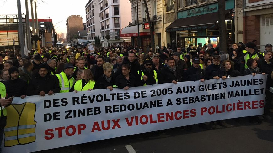 La marche blanche à Argenteuil ce mercredi soir.