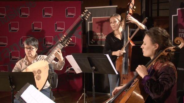 """Medley tiré du spectacle """"Les Saisons / Vivaldi et Piazzoll""""a par Marianne Piketty et le Concert idéal"""
