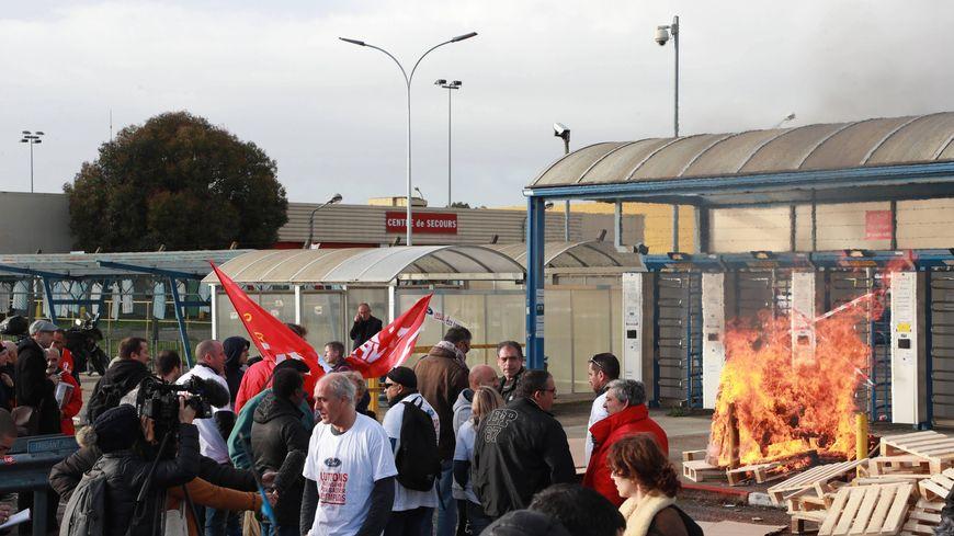 Lors de la journée de mobilisation du 8 décembre devant l'usine de Blanquefort.