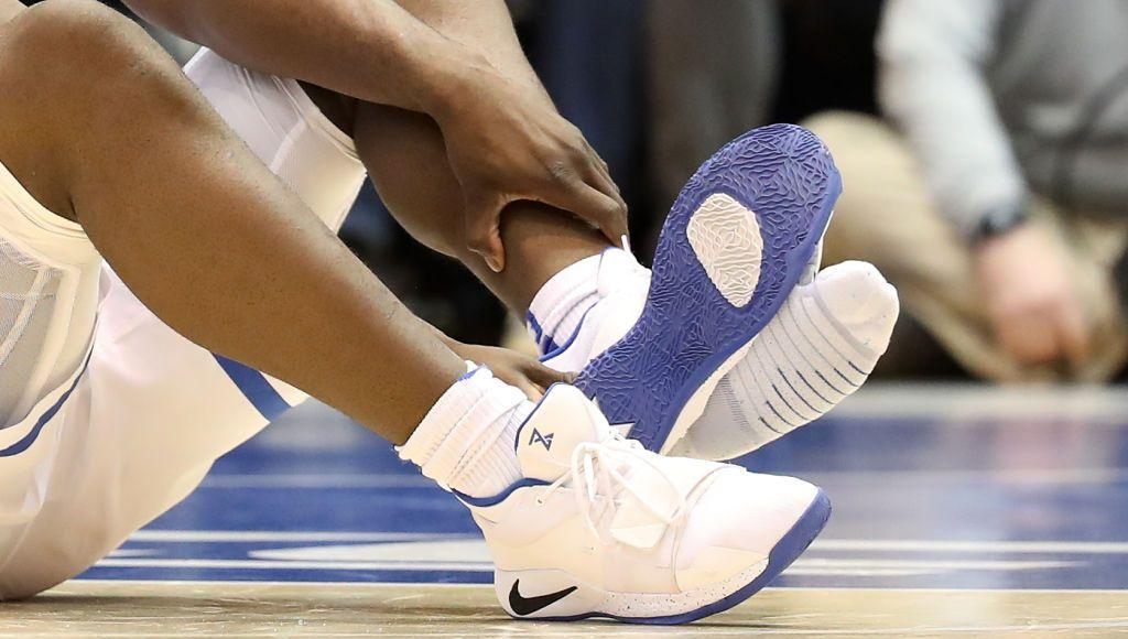 Gros bad buzz de Nike : la chaussure de Zion Williamson se désintègre en plein match