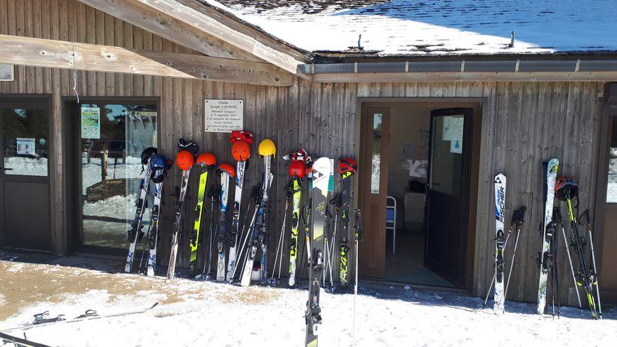les stations de ski du gard et de la loz re ouvrent leur. Black Bedroom Furniture Sets. Home Design Ideas