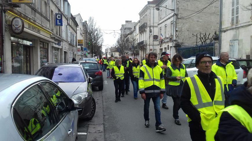 Manifestation de gilets jaunes à Cognac en Décembre 2018