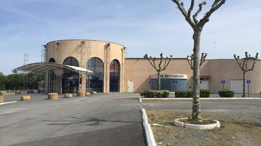 La discothèque Le Windsor à Saint-Laurent-des-Vignes.