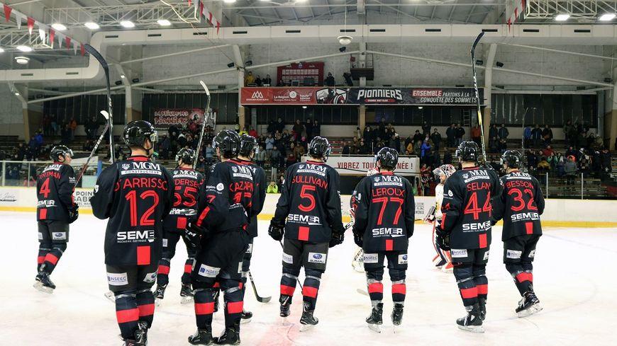 Hockey sur Glace. Les Pionniers de Chamonix participent ce week-end à Paris au Final Four de Coupe de France. (Photo Pionniers de Chamonix)