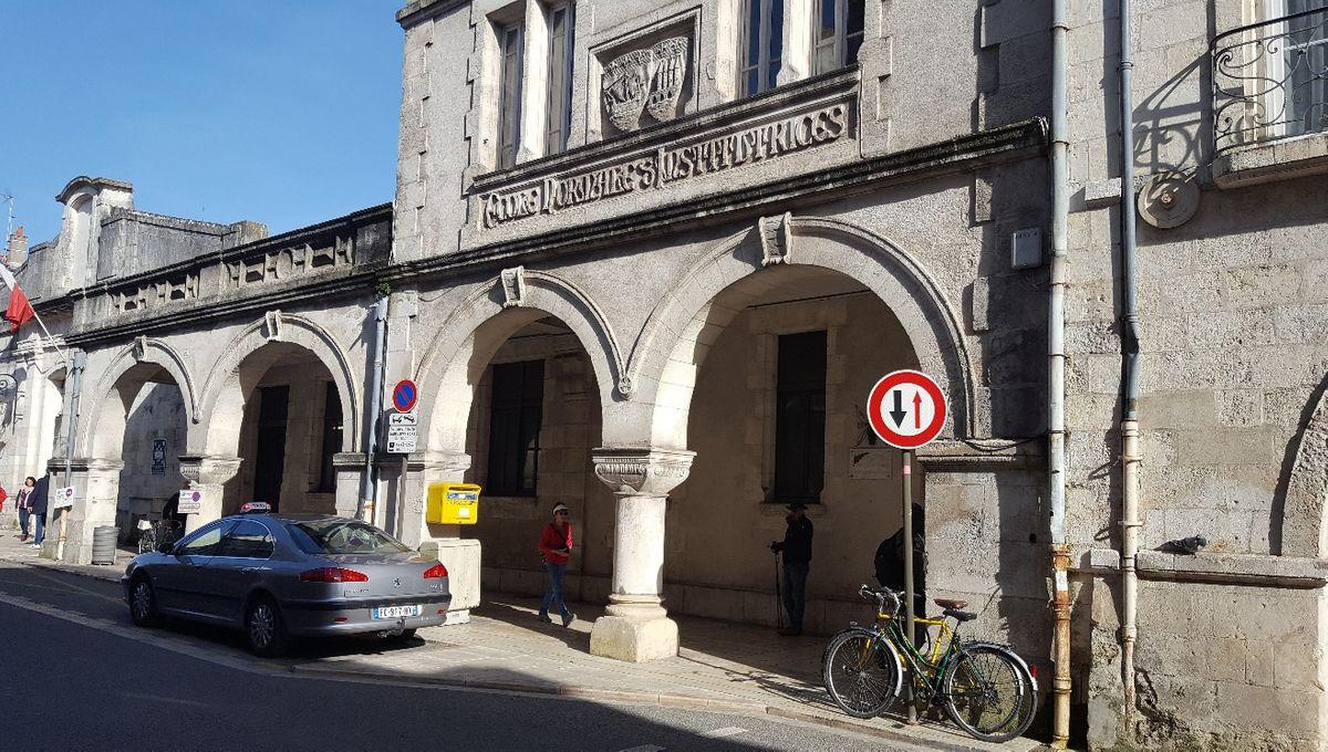 La Rochelle : un record d'enchères pour acheter la Maison des syndicats