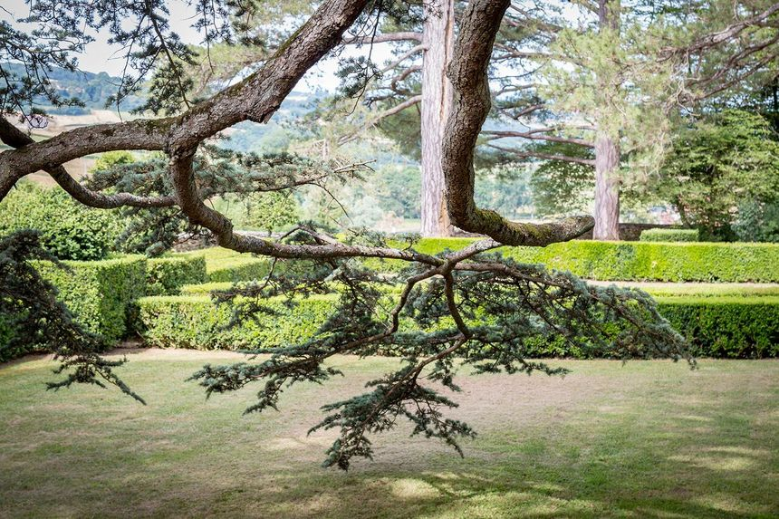 Le jardin du château de Jours-en-Vaux