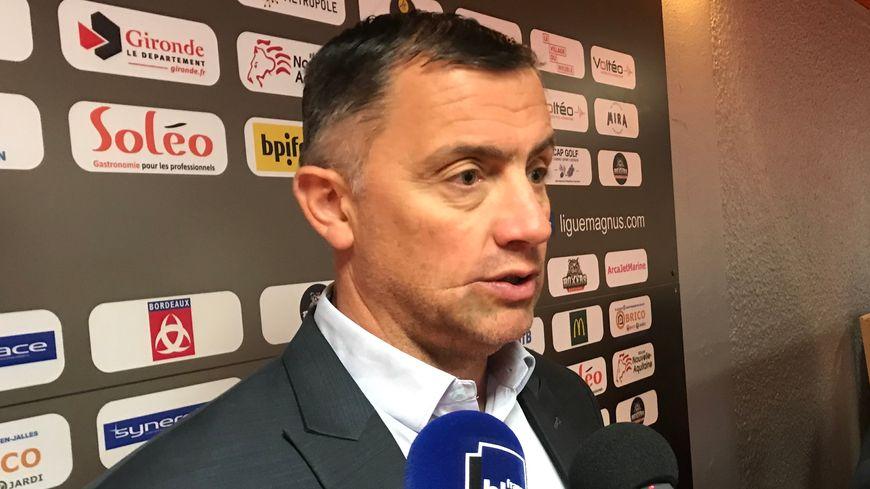 Philippe Bozon va quitter Bordeaux pour se consacrer exclusivement à l'équipe de France.