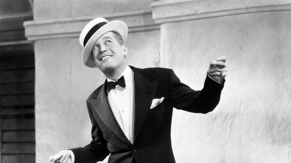 Maurice Chevalier (2/4)