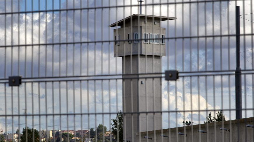 C'est l'administration pénitentiaire qui a la charge des transferts de détenus depuis 2011 (illustration)