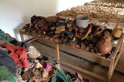 Ossements, résultat du massacre de Bisesero, Rwanda.
