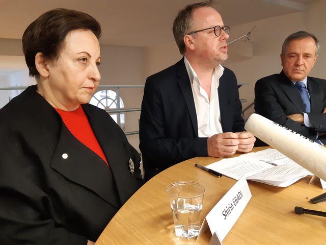 Shirin Ebadi, avocate iranienne, prix Nobel de la paix en 2003 aux côté de Christophe Deloire, secrétaire général de Reporters Sans Frontières
