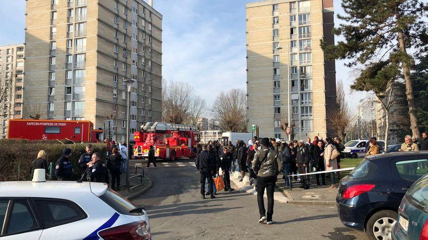 Incendie dans une tour à Aulnay-sous-Bois