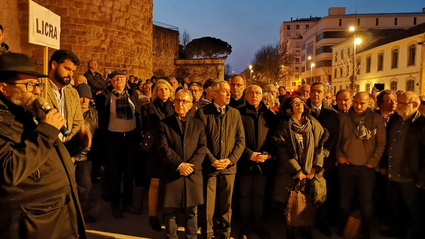 Près de 600 personnes au rassemblement contre l'antisémitisme de Bayonne