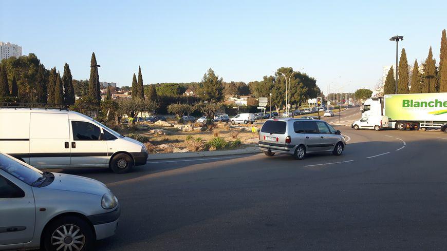 Le rond-point de Carémeau à Nîmes