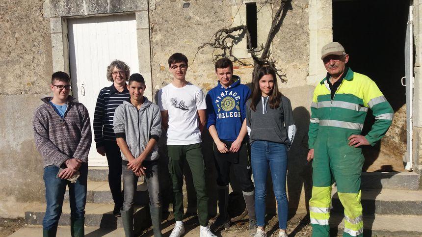 Des jeunes de Juigné-sur-Sarthe ont consacré leurs vacances à la rénovation d'un bâtiment de la commune.