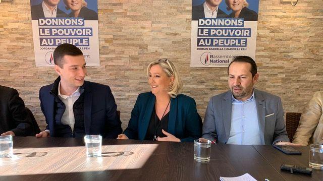 En campagne pour les européennes de mai prochain, Marine Le Pen, Jordan Bardella (gauche) et le député RN du Nord Sébastien Chenu (droite) étaient à Caudry, ce dimanche, pour une réunion publique