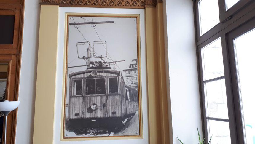 Photo du train à crémaillère de Superbagnères dans le musée du Grand Hôtel