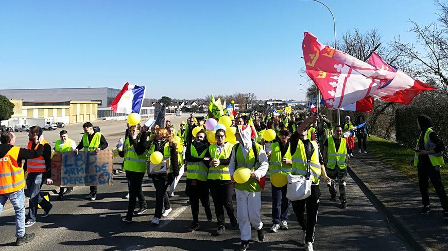 Près de 160 personnes ont manifesté ce samedi à Château-Gontier-sur-Mayenne
