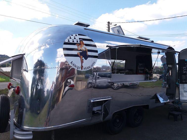 Caravane de collection de 1958 en provenance direct des Etats-unis.