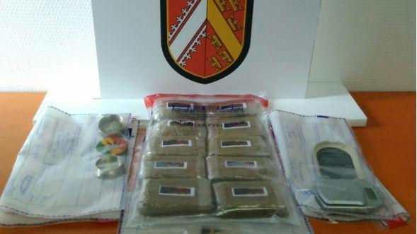 Un kilo de résine de cannabis a été saisi et du matériel de pesée découvert chez cet habitant de la région de Munster