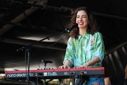 Cléa Vincent, auteure-compositrice-interprète, en concert au festival australien So Frenchy So Chic 13 janvier 2019 à Melbourne.