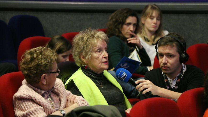 Une soixantaine de personnes ont assisté au débat