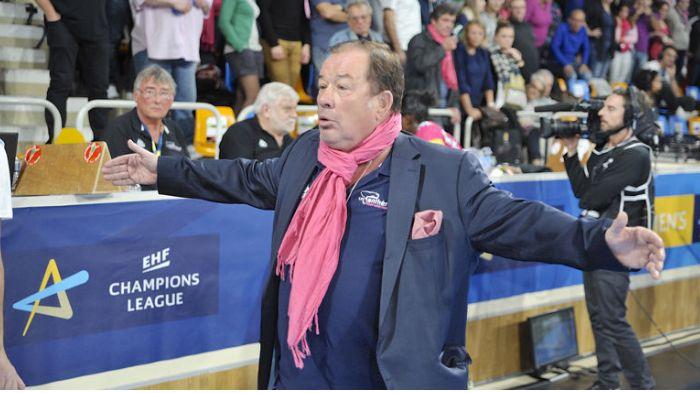 Jean Pierre Gontier lors d'un match au Palais des Sports
