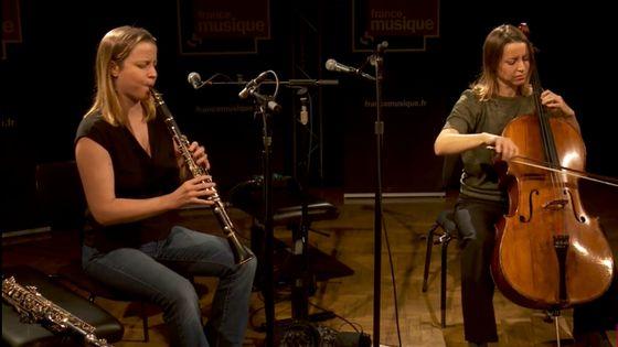 "Las Hermanas Caronni interprètent ""El Espagnol"" et ""La Mélodie des choses"""