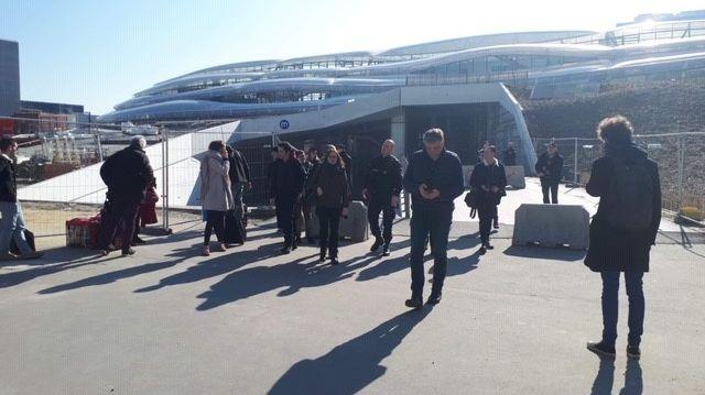 Les voyageurs ont dû évacuer la gare de Rennes.