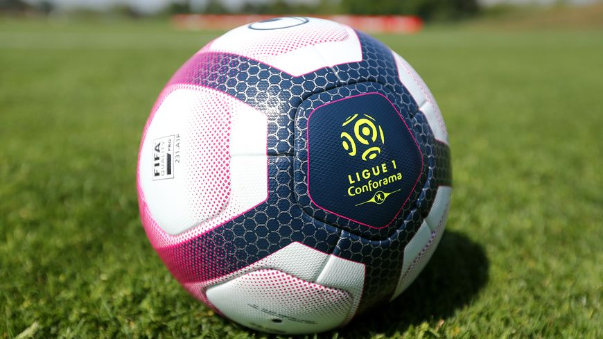 Ballon Ligue 1 Conforama (illustration)