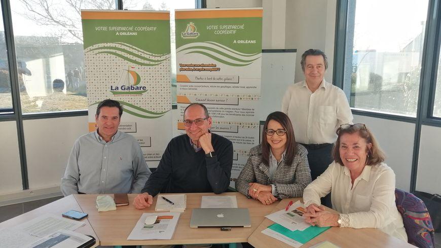 Les membres fondateurs du supermarché coopératif la Gabare, à Olivet.