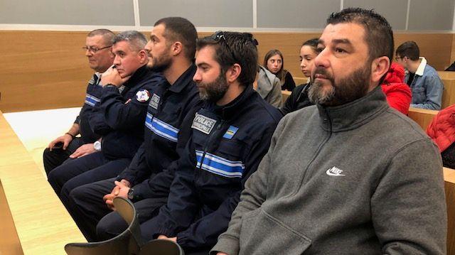 Les policiers municipaux d'Alès présents à l'audience.