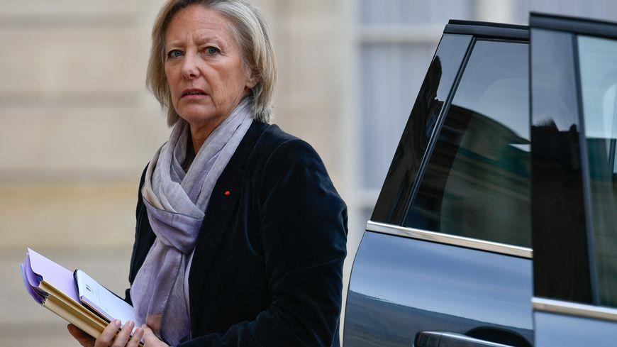 Sophie Cluzel, secrétaire d'état en charge des personnes en situation de handicap doit assister à un débat à Lignières-de-Touraine.