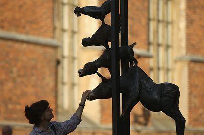 Sculpture des musiciens de Brême à Riga en Lettonie