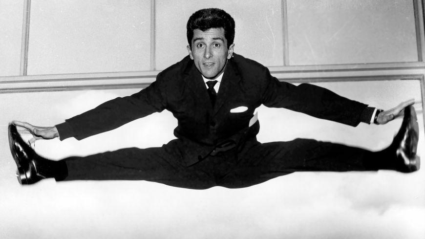 Plus de 60 ans de carrière, 850 chansons enregistrées, plusieurs livres publiés, des apparitions au cinéma... Marcel Amont a su conserver son énergie débordante.