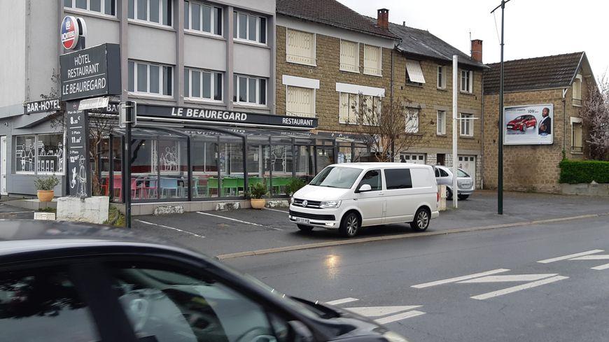 """"""" Le Beauregard """" est l'un des deux seuls établissements de Corrèze affiliés aux Relais Routiers"""