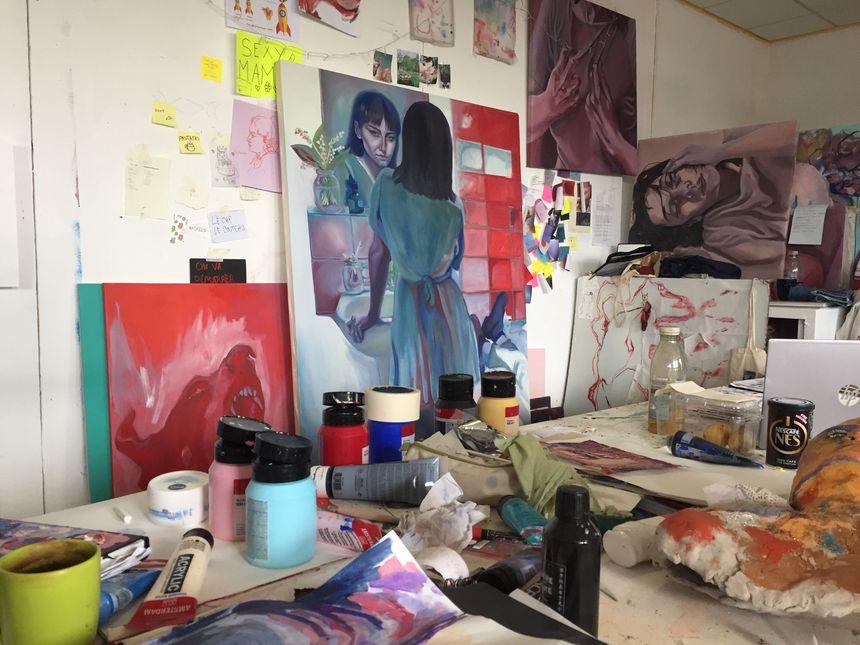 Emmanuelle occupe cet atelier au sein des Beaux-Arts de Rouen