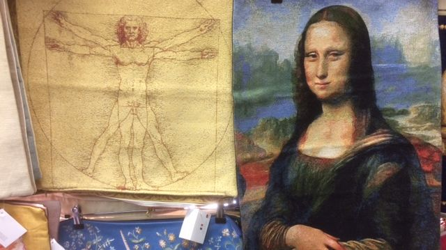 Deux exemples de tapisseries qui devraient bien se vendre pendant les festivités des 500 ans de la mort de Léonard de Vinci