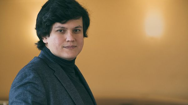 Dimitri Chostakovitch par l'Orchestre Philharmonique de Radio France dirigé par Aziz Shokhakimov