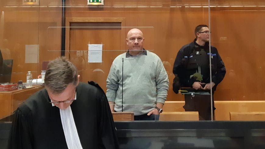 Philippe Gillet et un de ses avocats, Ghislain Fay
