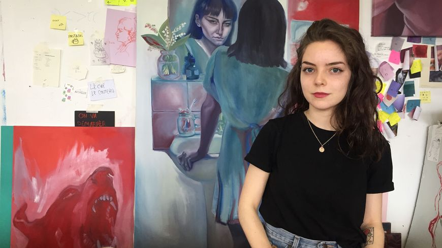 Emmanuelle Queinnec, dans son atelier des beaux-Arts de Rouen