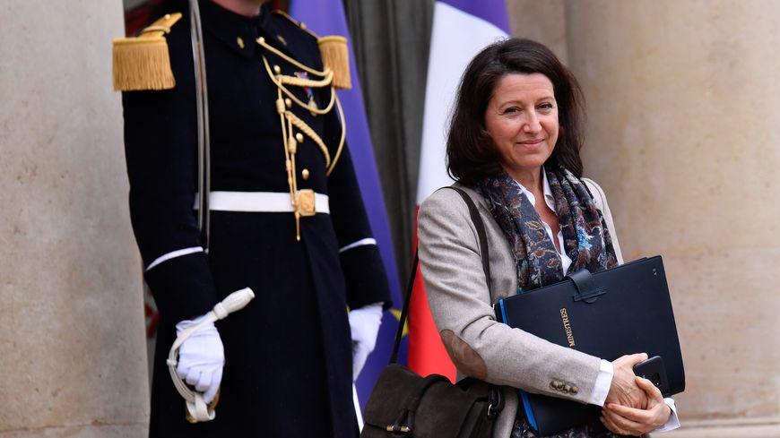 Agnès Buzyn, ministre des Solidarités et de la Santé à la sortie du conseil des Ministres, le 06 mars 2019
