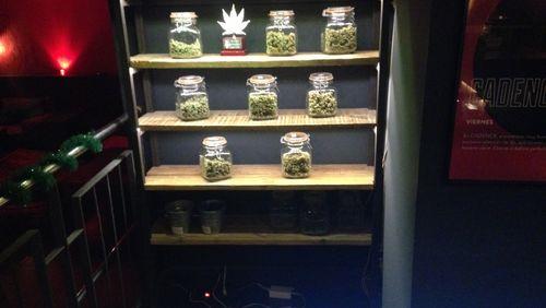 L'usage des drogues (2/4) : Prohiber, dépénaliser, légaliser