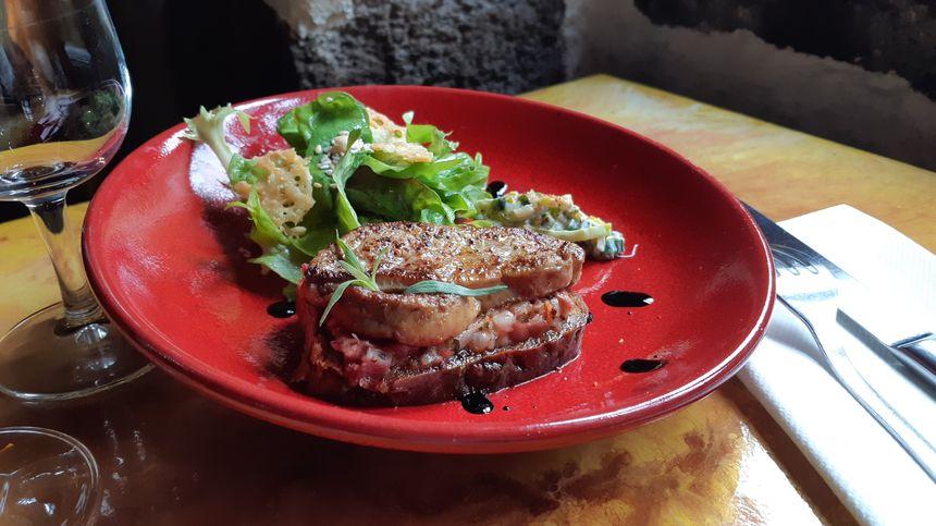 La tartine foie gras pied de cochon par Raphael Dubernat.