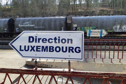 La gare luxembourgeoise d'Esch-sur-Alzette, correspondance entre Audin-le-Tiche et Luxembourg