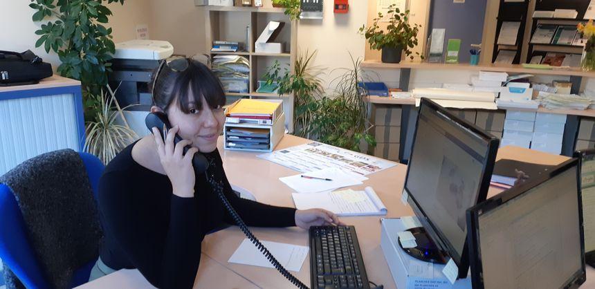Un nouvel appel pour Léa Flores, l'animatrice de la plateforme