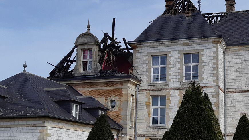 Les dégâts sur le château de Vitry-la-Ville