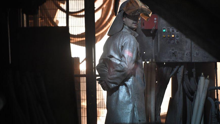 Les 281 salariés de l'acierie doivent de nouveau attendre 1 mois pour connaitre leur sort