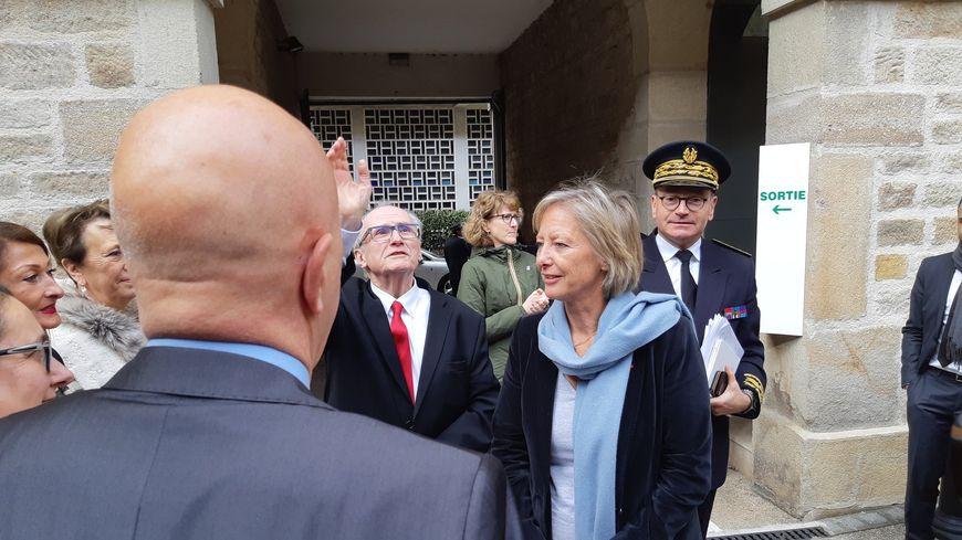Sophie Cluzel aux côtés du président du département de la Loire, Georges Ziegler.