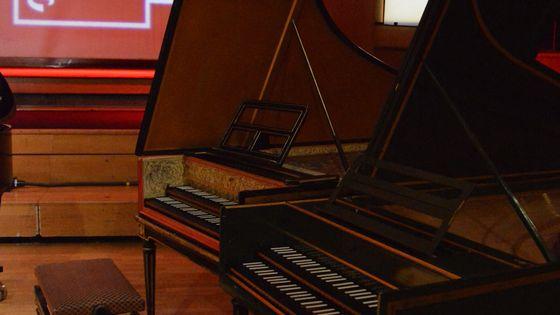 Deux clavecins sur le studio 106, pour France Musique.